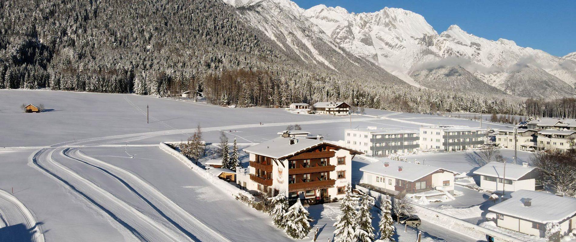 Alpenhof Obsteig Langlaufloipen vom Haus weg
